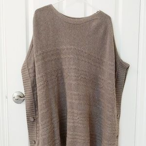 Banana republic cape sweater gray/ brown size M/L,